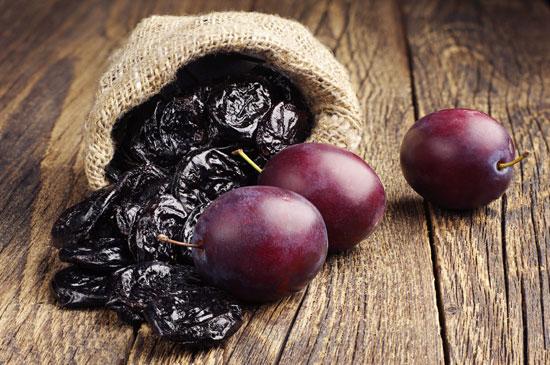 Prune coapte şi prune uscate